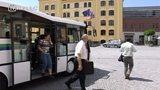 Nový autobus usnadní nástup vozíčkářům