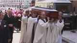 Diecéze se rozloučila s arcibiskupem Karlem Otčenáškem